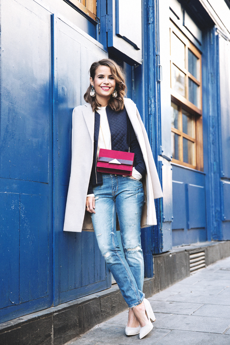 Ripped_Jeans-Oversize_Coat-Bomber_Jacket-Tita_Madrid-Girissima-Outfit_Street_Style-23