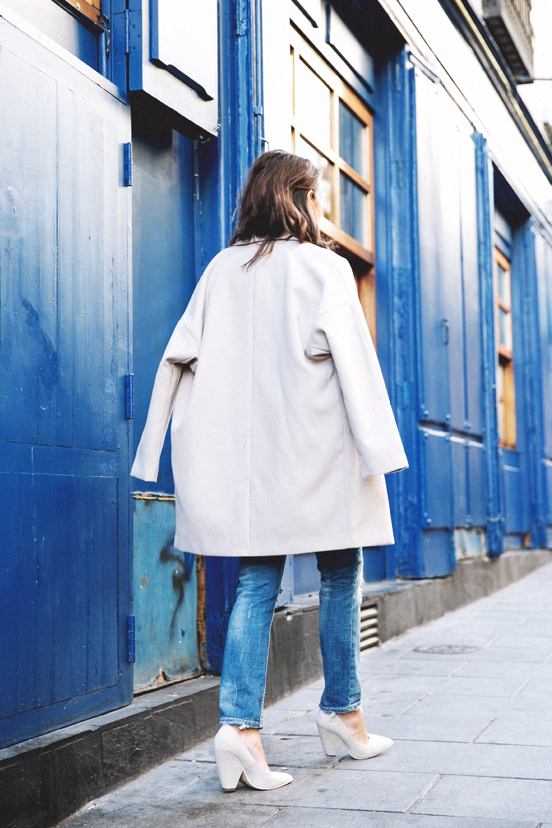 Ripped_Jeans-Oversize_Coat-Bomber_Jacket-Tita_Madrid-Girissima-Outfit_Street_Style-22