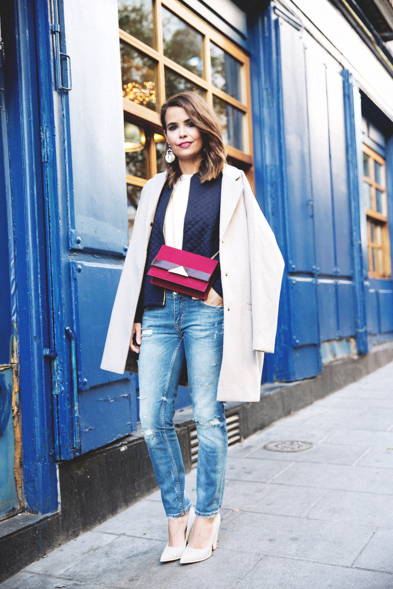 Ripped_Jeans-Oversize_Coat-Bomber_Jacket-Tita_Madrid-Girissima-Outfit_Street_Style-56