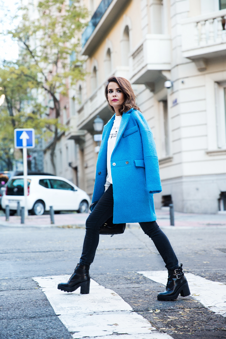 Blue_Coat-Carpe_Diem_Sweatshirt-Black_Booties-Street_Style-Collage_Vintage-Outfit-61