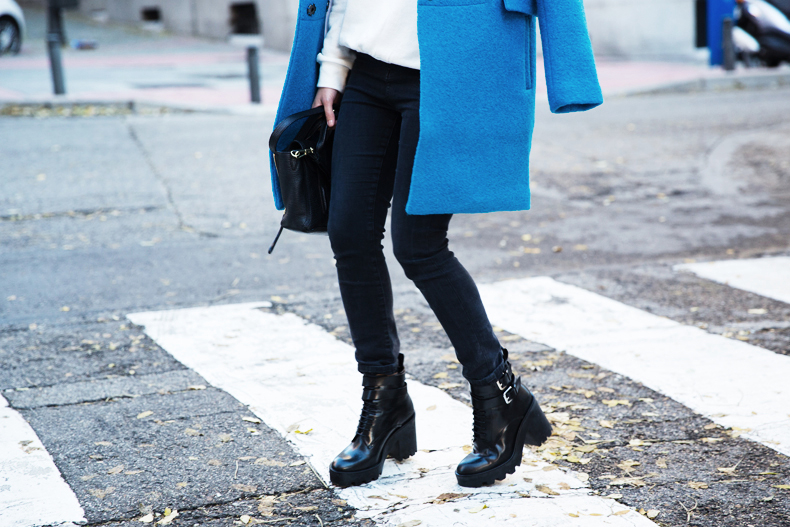 Blue_Coat-Carpe_Diem_Sweatshirt-Black_Booties-Street_Style-Collage_Vintage-Outfit-31