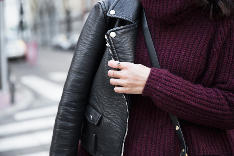 Burgundy_Outfit-Turtleneck_Jumper-Chained_Booties-Outfit-Street_Style-6