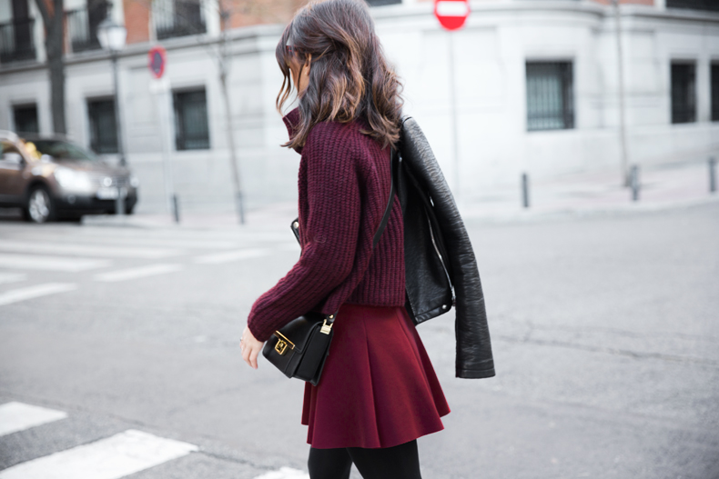 Burgundy_Outfit-Turtleneck_Jumper-Chained_Booties-Outfit-Street_Style-41