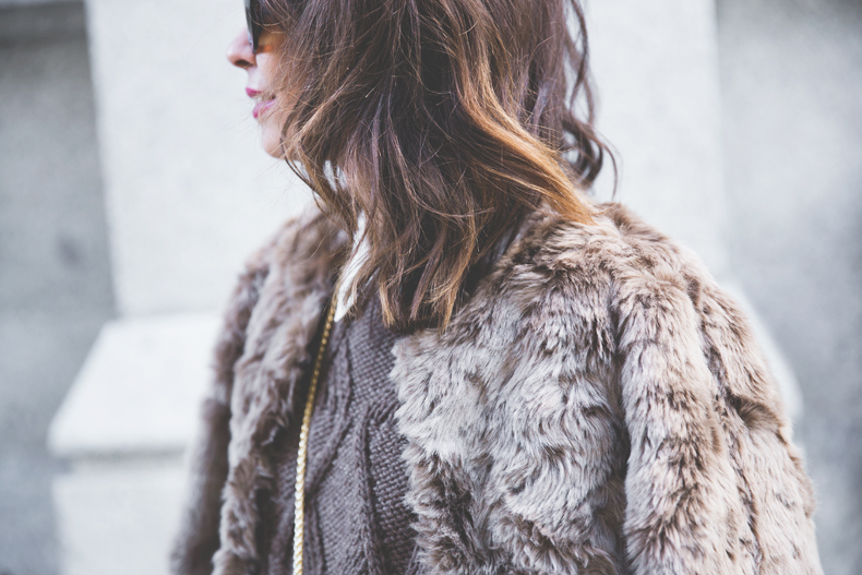 wolford-fake_fur_coat-street_style-outfit-collage_vintage-47