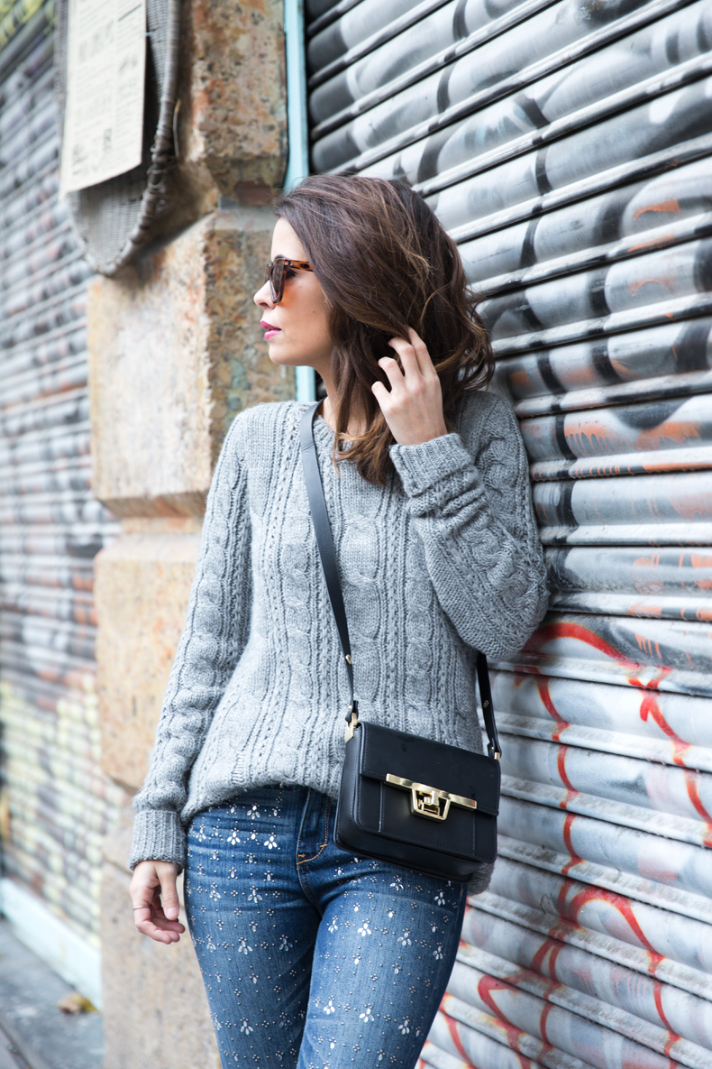 Embroidered_Jeans-Abercrombie-Knitwear-Camel_Coat-Street_Style-Outfit-40