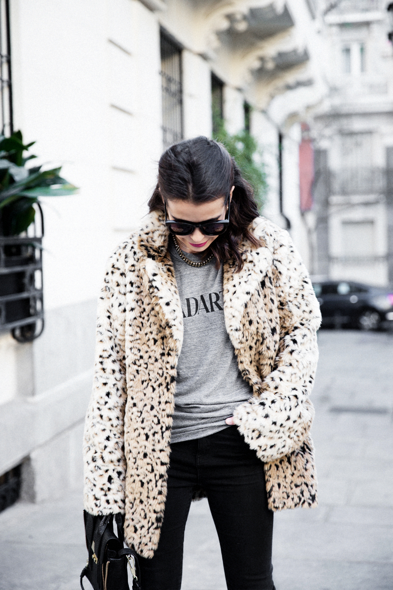 Collagevintage_Collection-Chelsea_Boots-Leopard_Coat-Sreet_Style-Outfit-18