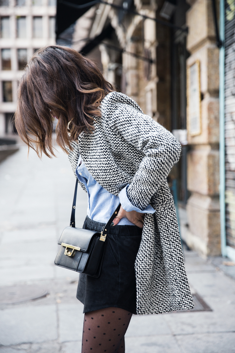 Suede_Skirt-Black_And_White_Coat-Street_Style-Outfits-Collage_Vintage-Plumetti-Wolford-66