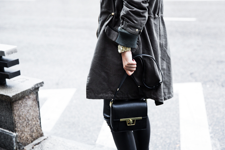 Sweatshirt-Leather_Pants-Parka_Kookai-Style-Chained_Boots-Collage_Vintage-Street_Style-Outfit-32