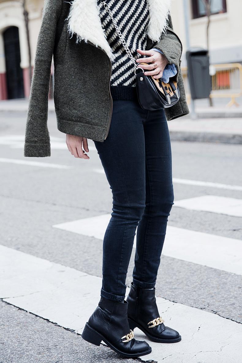 Leo_Bag-Striped_Jersey-APC_PAris-IKKS_Coat-Outfit-Street_Style-Collage_Vintage-54