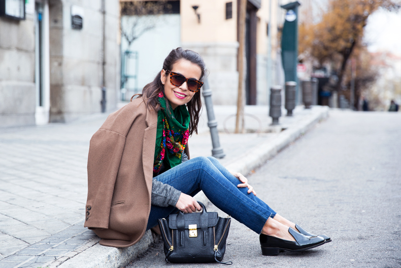 Loafers-Buylevard-Camel_Coat-Sweatshirt-Floral_Scarf-Style-Outfit-24