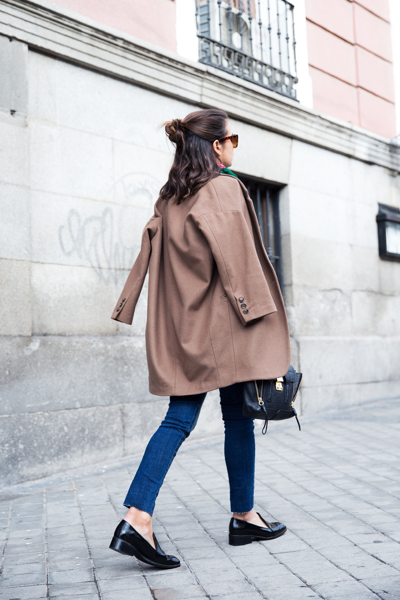 Loafers-Buylevard-Camel_Coat-Sweatshirt-Floral_Scarf-Style-Outfit-21
