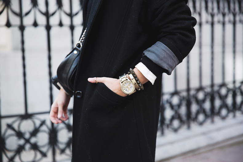 Black_Outfit-Sneakers-Nike-Leopard_Bag-SuShi_Bags-Outfit-Street_Style-Collage_Vintage-29