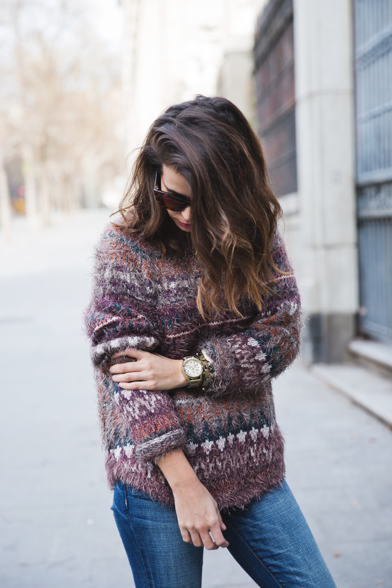 Fluffly_Sweater-Jeans_Abercrombie_And_Fitch-Jeans-Sam_Edelman-Outfit-Shearling_Jacket-Street_Style-2