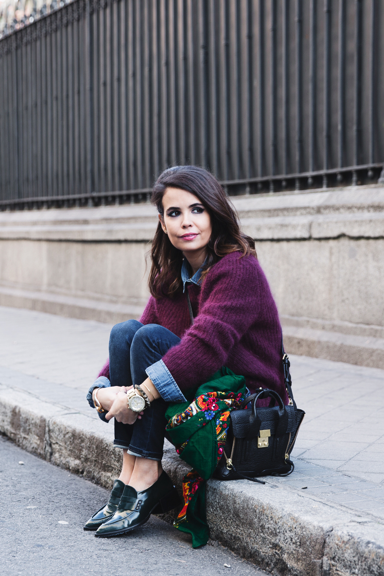 Double_Denim-Loafers-Burgundy_Jumper-Outfit-Vintage_Scarf-Street_Style-4