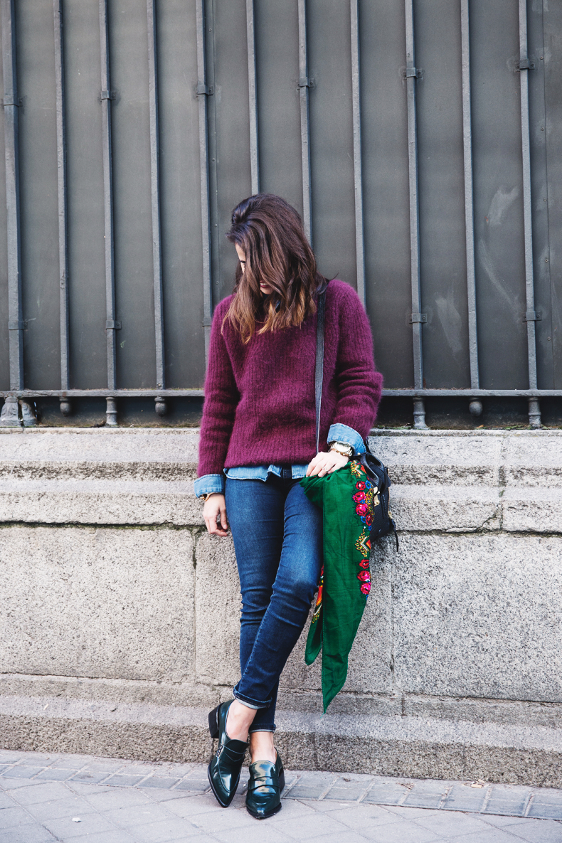 Double_Denim-Loafers-Burgundy_Jumper-Outfit-Vintage_Scarf-Street_Style-