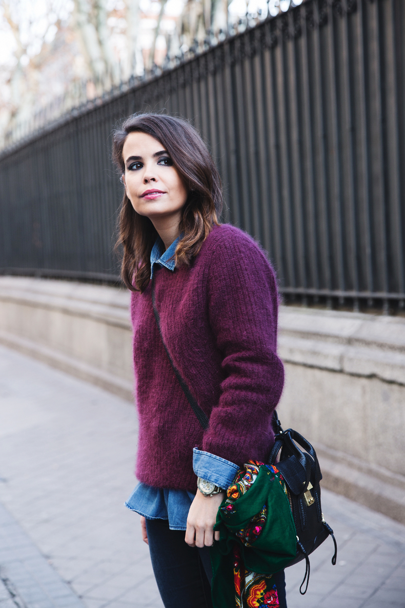 Double_Denim-Loafers-Burgundy_Jumper-Outfit-Vintage_Scarf-Street_Style-9