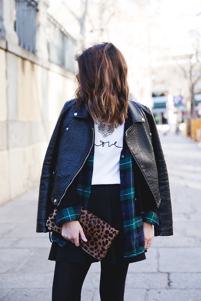 Leopard_Clutch-Clare_Vivier-Mixing_Prints-Outfit-Street_Style-4