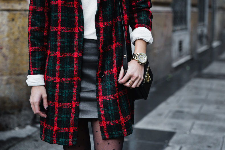 Check_Blazer-Asos-Leather_Skirt-Heels-Collage_Vintage-outfit-Street_Style-58