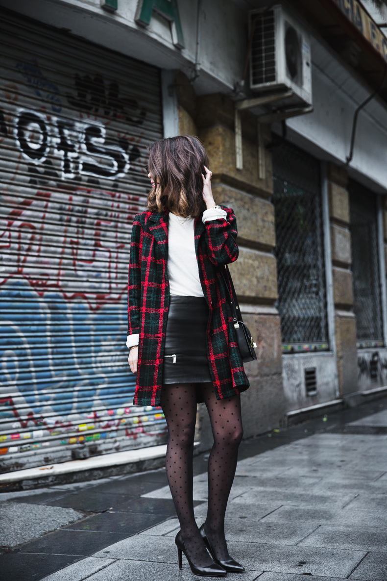Check_Blazer-Asos-Leather_Skirt-Heels-Collage_Vintage-outfit-Street_Style-56
