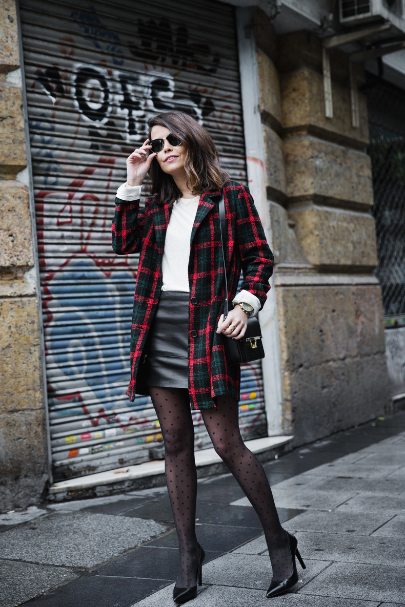 Check_Blazer-Asos-Leather_Skirt-Heels-Collage_Vintage-outfit-Street_Style-41