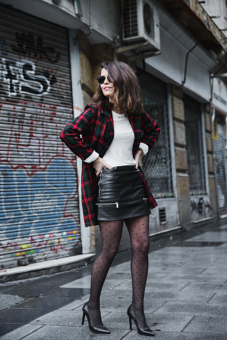 Check_Blazer-Asos-Leather_Skirt-Heels-Collage_Vintage-outfit-Street_Style-35