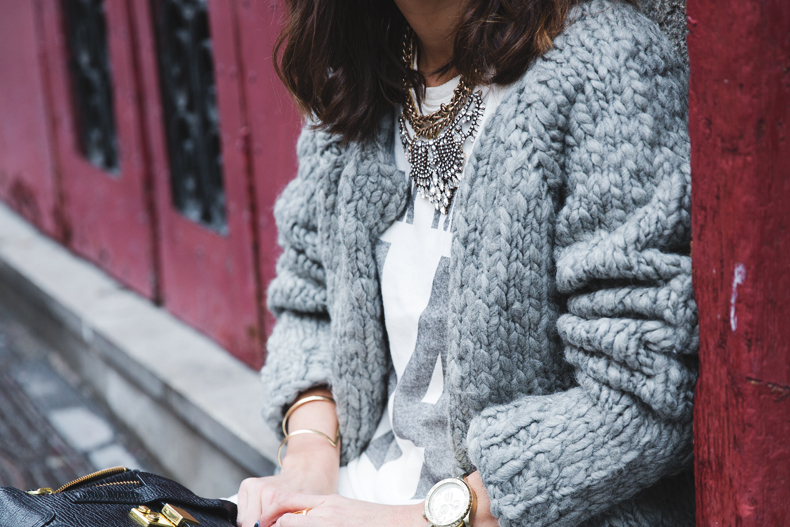 Cozy_Cardigan-Girissima-White_Outfit-Winter-Street_Style-Collage_Vintage-28
