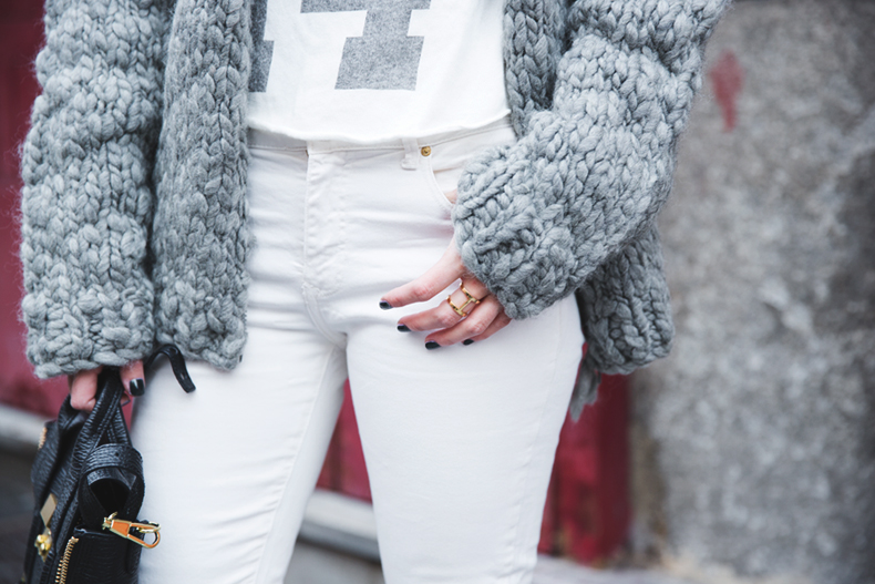 Cozy_Cardigan-Girissima-White_Outfit-Winter-Street_Style-Collage_Vintage-31