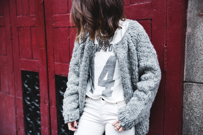 Cozy_Cardigan-Girissima-White_Outfit-Winter-Street_Style-Collage_Vintage-46