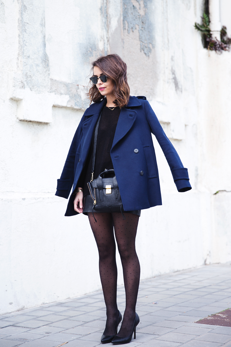 Mango_Outfit-Blue_Coat-LEather_Skirt-Plumetti_Tights-Outfit-Street_Style-7