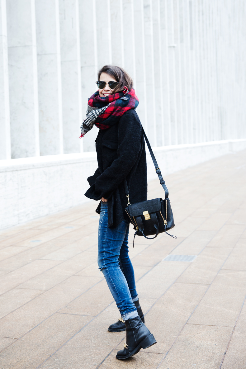 MIckey_Top-Brandy_Melville-Outfit-NYFW-Street_Style-Outfit-9