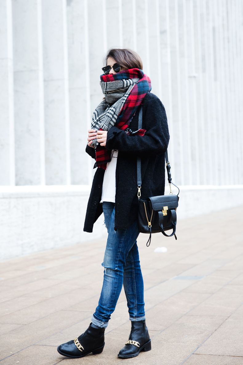 MIckey_Top-Brandy_Melville-Outfit-NYFW-Street_Style-Outfit-19