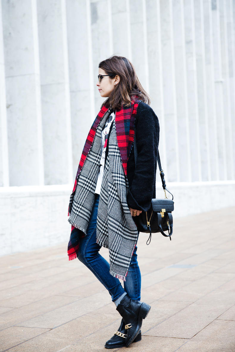 MIckey_Top-Brandy_Melville-Outfit-NYFW-Street_Style-Outfit-5
