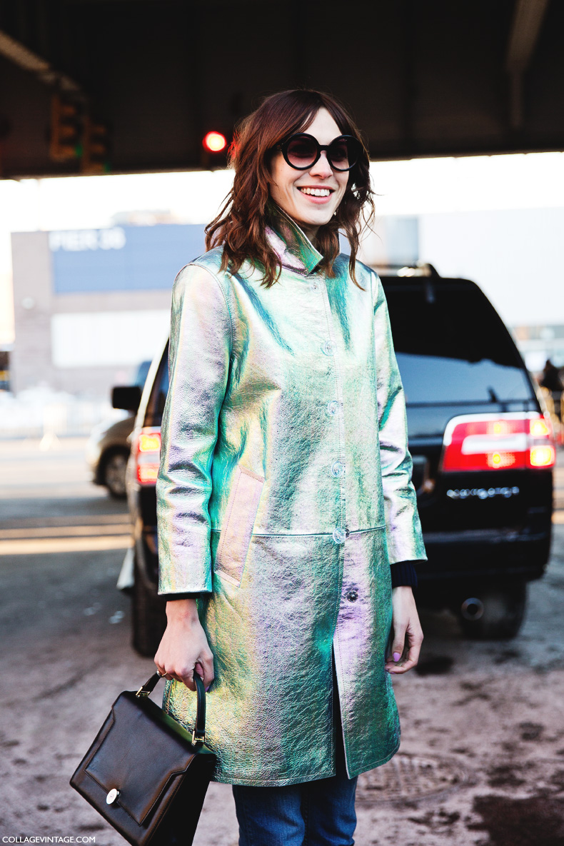 New_York_Fashion_Week-Street_Style-Fall_Winter-2015-Alexa_Chung-Marc_By_Marc_Jacobs-Metallic_Coat-Rounded_Sunglasses-