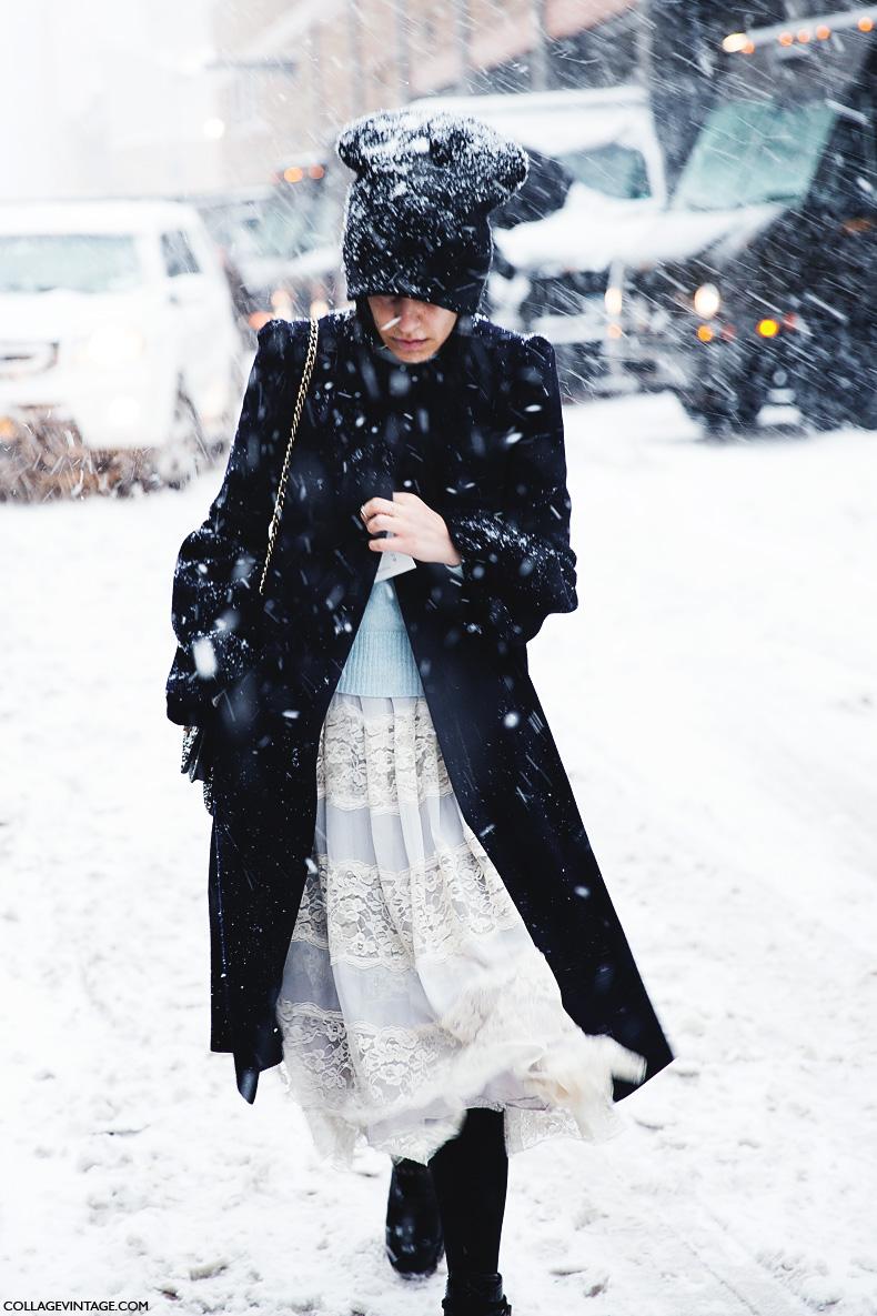 New_York_Fashion_Week-Street_Style-Fall_Winter-2015-White-Beanie-