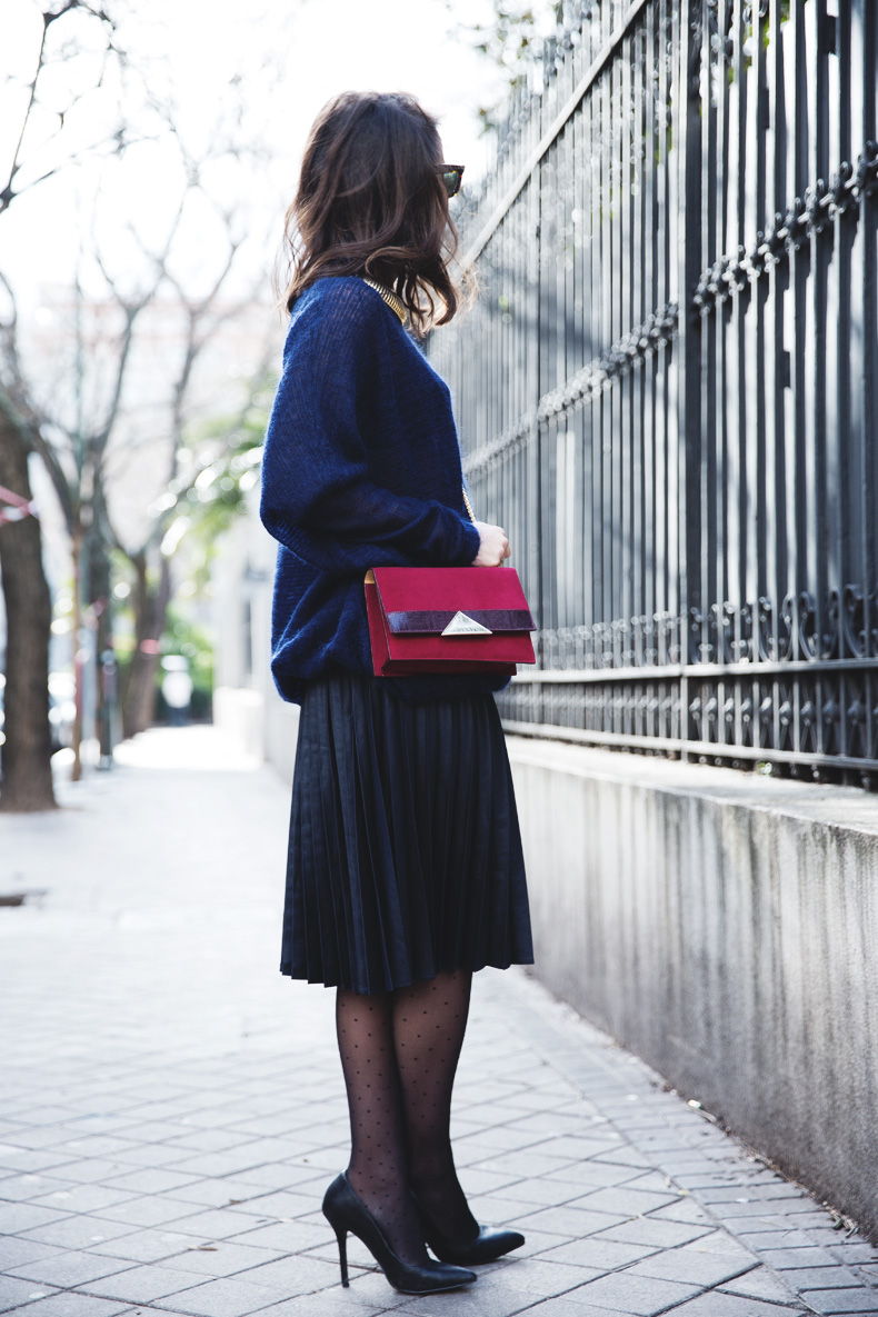Midi_Skirt-Blue_Black_Mix-Titamad-Street_Style-outfit-21