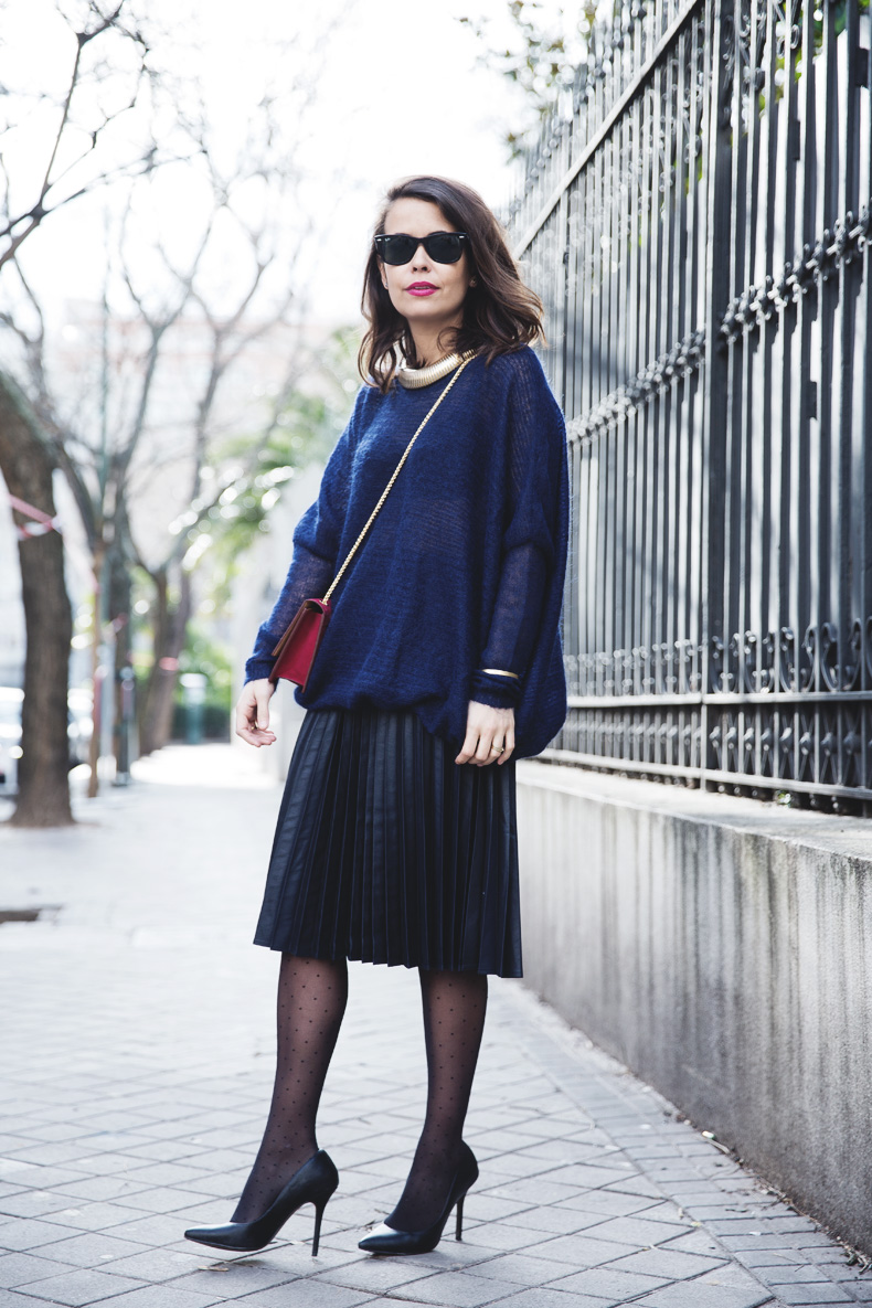 Midi_Skirt-Blue_Black_Mix-Titamad-Street_Style-outfit-13