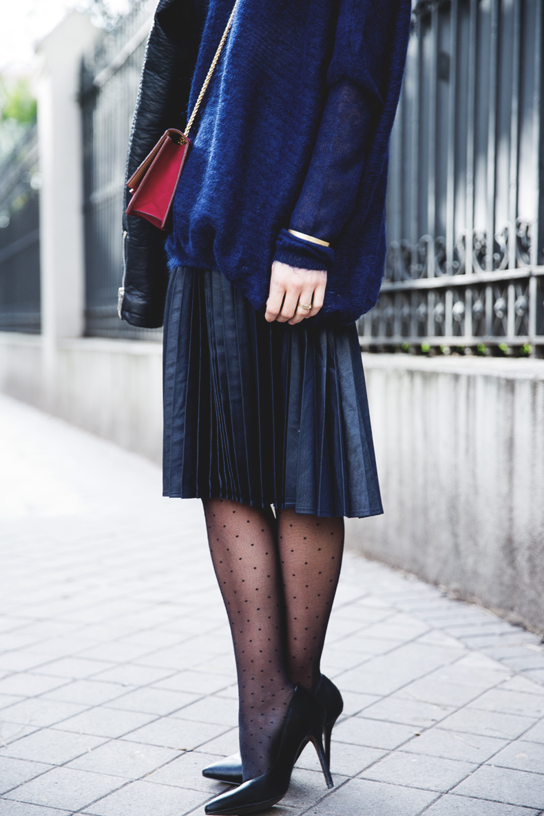 Midi_Skirt-Blue_Black_Mix-Titamad-Street_Style-outfit-7