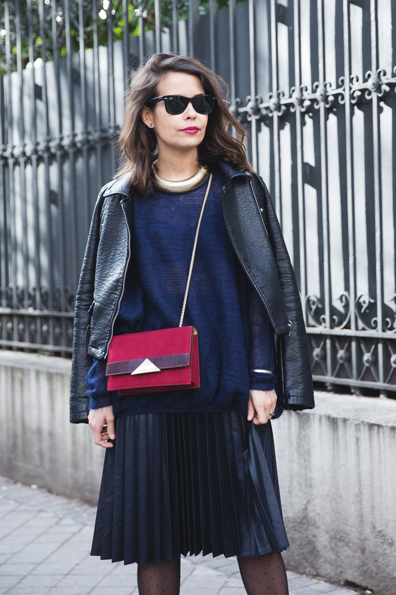 Midi_Skirt-Blue_Black_Mix-Titamad-Street_Style-outfit-3