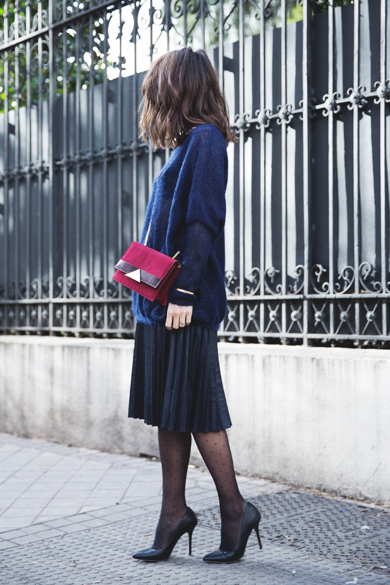 Midi_Skirt-Blue_Black_Mix-Titamad-Street_Style-outfit-41