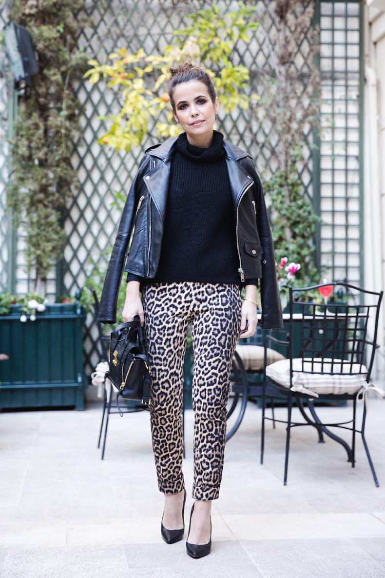 Leopard_Trousers-Biker_Jacket-Black-Mango-Street_Style-Outfit-5