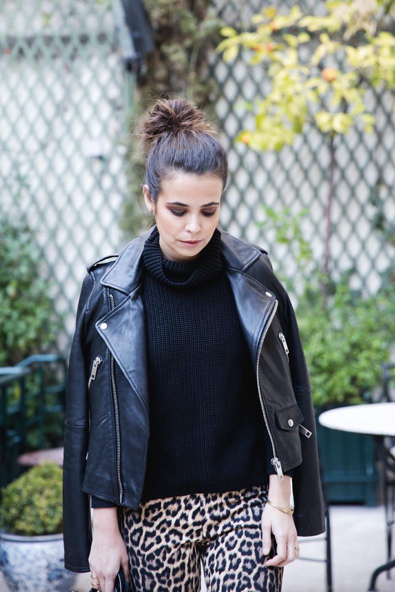 Leopard_Trousers-Biker_Jacket-Black-Mango-Street_Style-Outfit-2