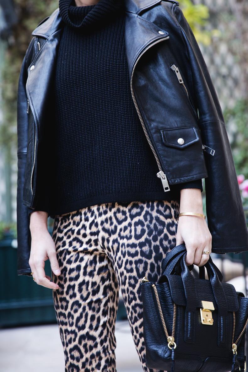 Leopard_Trousers-Biker_Jacket-Black-Mango-Street_Style-Outfit-9