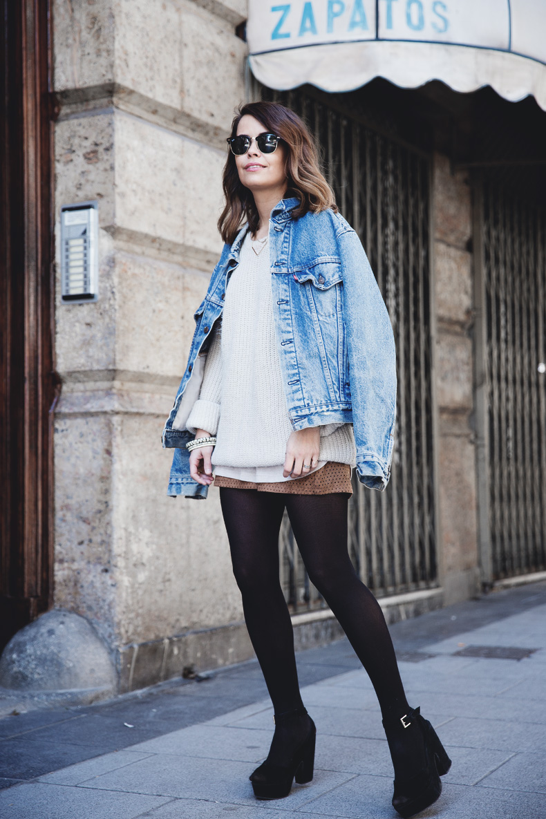 Layering-Suede_Skirt-Levis_Vintage-Wedges-Outfit-Street_Style-30