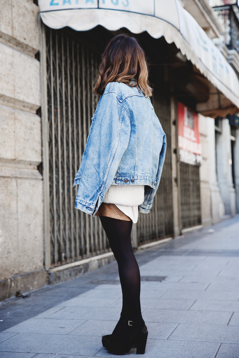 Layering-Suede_Skirt-Levis_Vintage-Wedges-Outfit-Street_Style-20