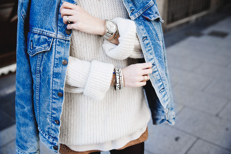 Layering-Suede_Skirt-Levis_Vintage-Wedges-Outfit-Street_Style-7