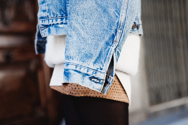 Layering-Suede_Skirt-Levis_Vintage-Wedges-Outfit-Street_Style-4