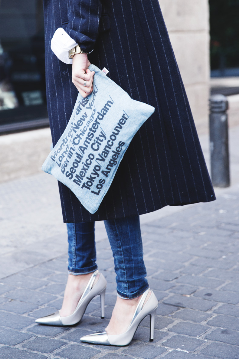 Lace_Top-Pinstripes_Coat-Ripped_Jeans-CollageVintage-Street_Style-Outfit-30