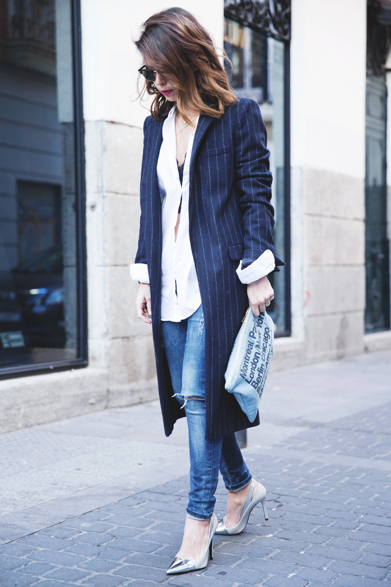 Lace_Top-Pinstripes_Coat-Ripped_Jeans-CollageVintage-Street_Style-Outfit-29