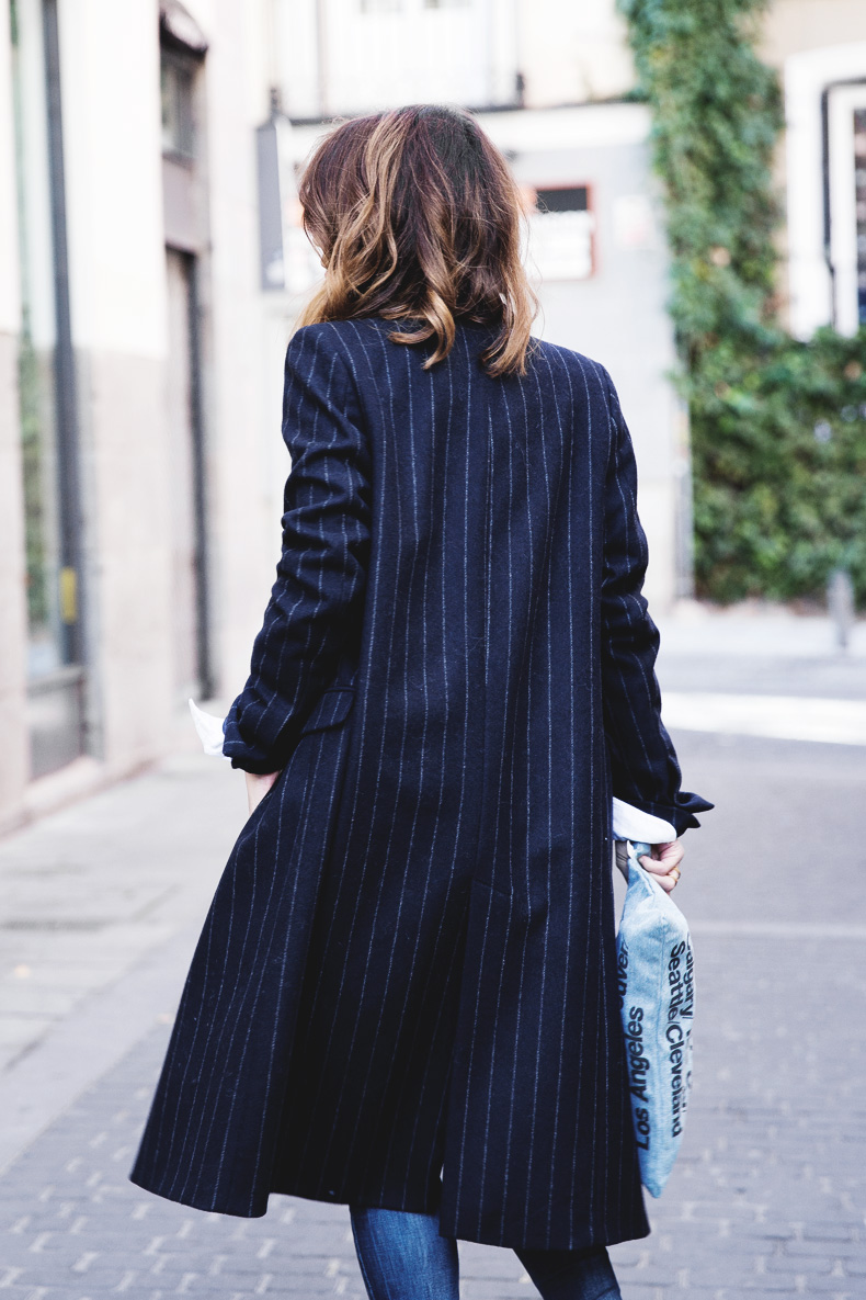 Lace_Top-Pinstripes_Coat-Ripped_Jeans-CollageVintage-Street_Style-Outfit-34