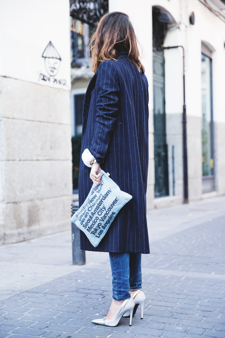 Lace_Top-Pinstripes_Coat-Ripped_Jeans-CollageVintage-Street_Style-Outfit-28